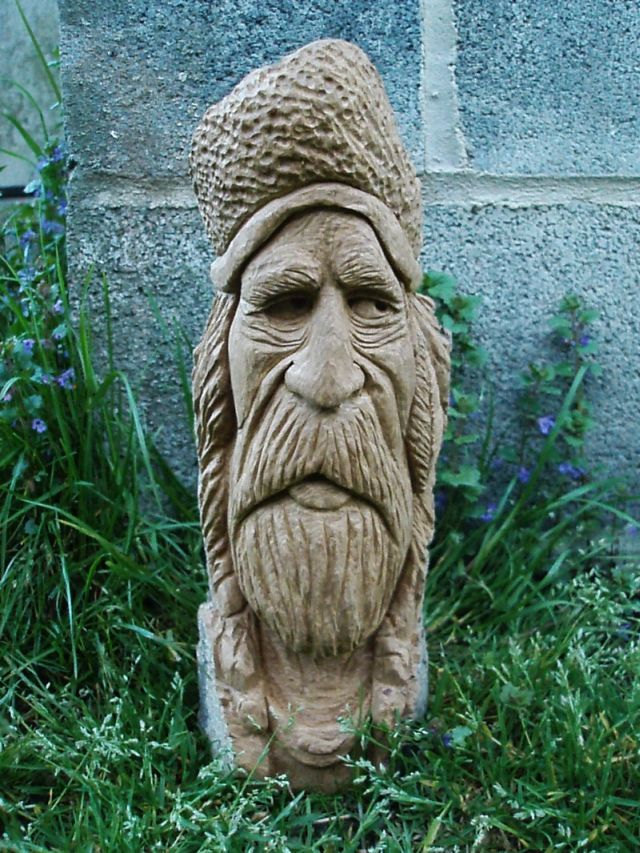 Take online woodcarving lessons and wooden face carvings
